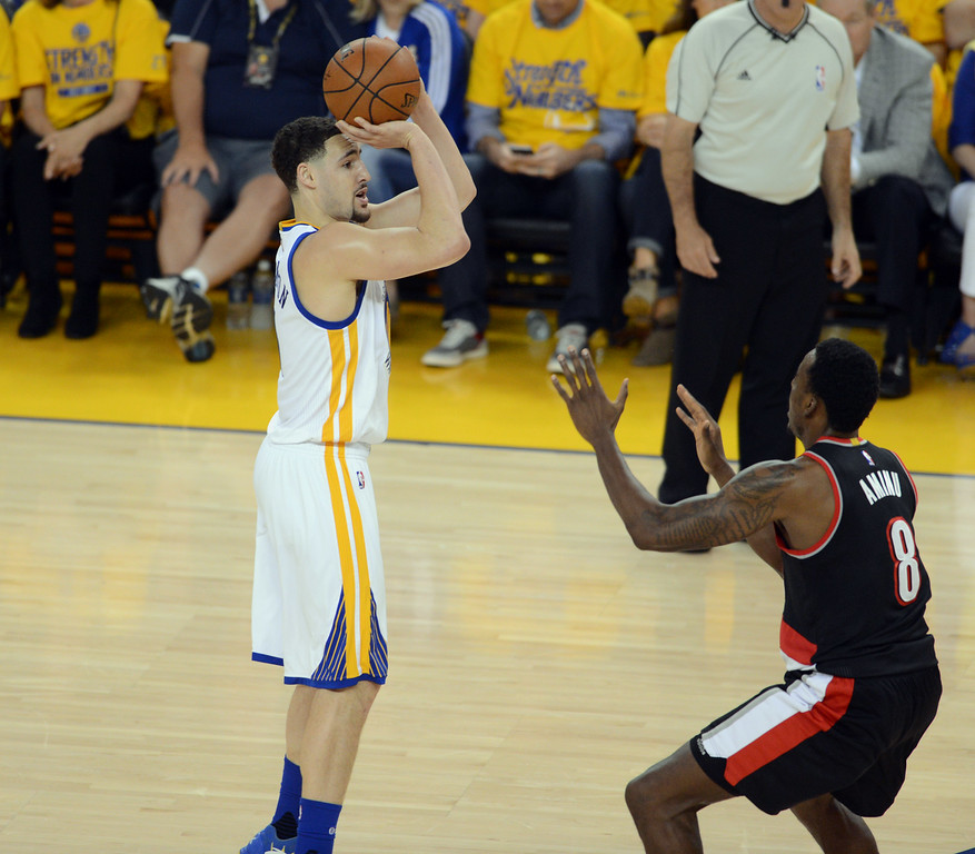 Golden State Warriors Record Without Steph Curry: Klay Thompson Scores 37 Points For Game 1 Win