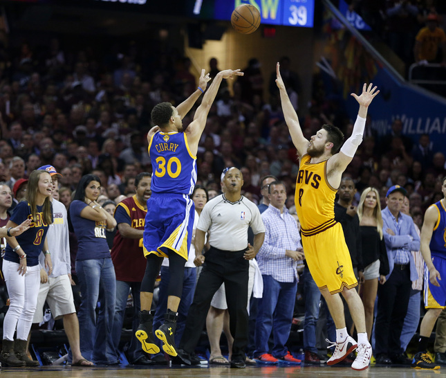 Steph Curry Explodes for 38 points in Game 4 Win ...
