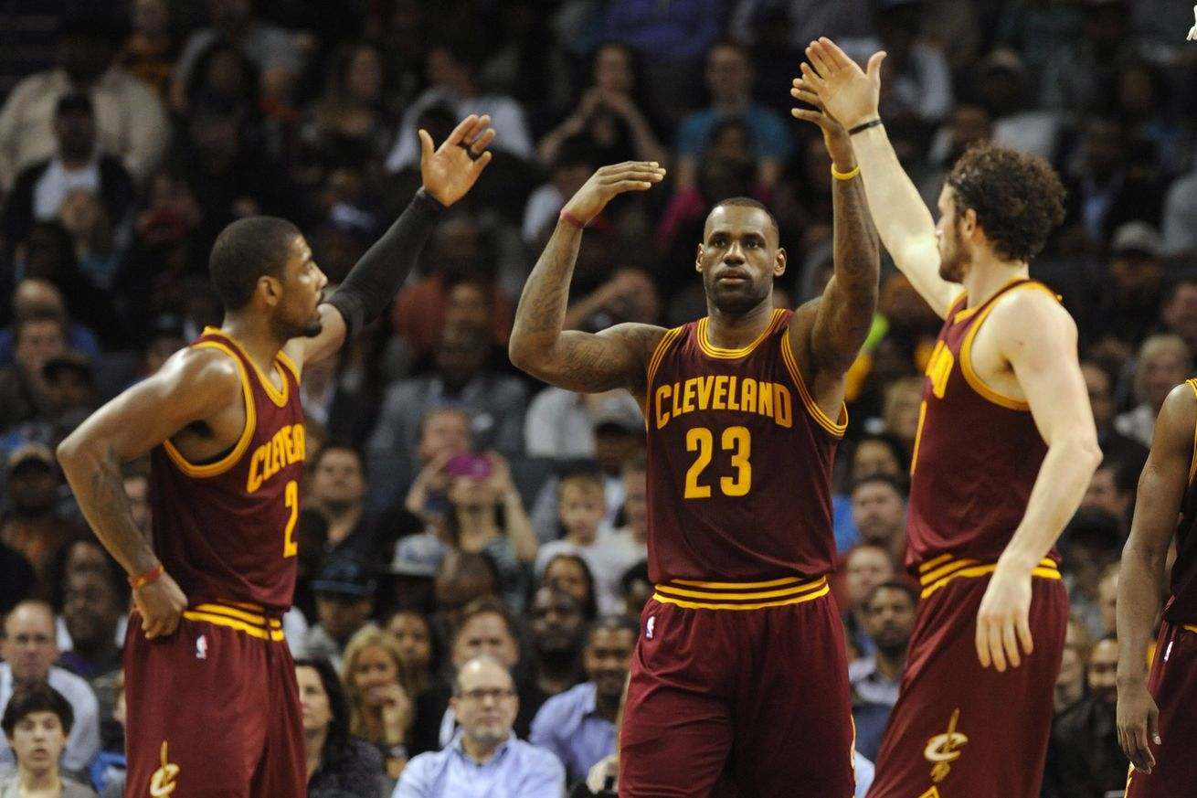 Schroder, Bazemore send Cavaliers to first loss