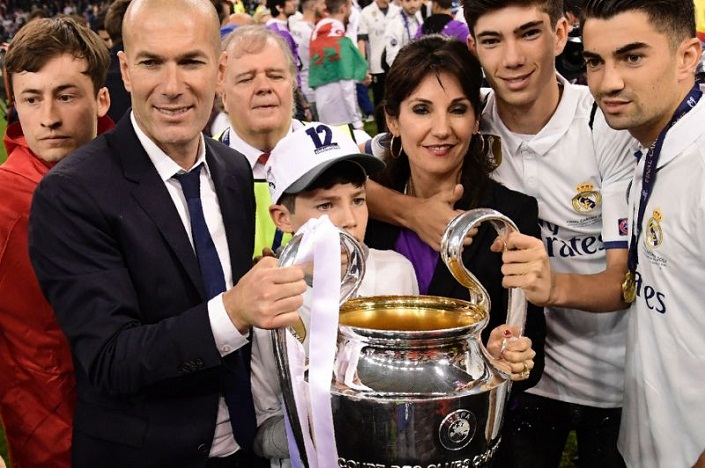 Zinedine zidane family juventus 1 4 real madrid